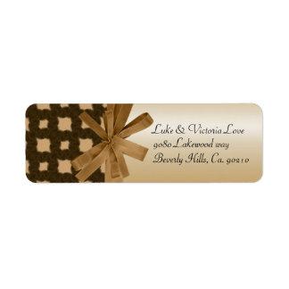 Rustikale goldene Bogen-u. Seil-Land-Hochzeit