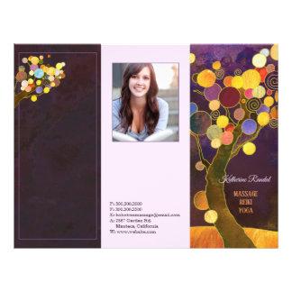 Rustikale lila Baum-dreifachgefaltete Flyer