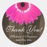 Rustikale Pink-Gänseblümchen-Hochzeit danken Ihnen Runder Sticker