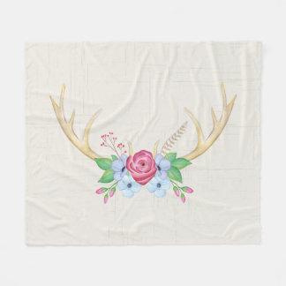 Rustikale Watercolor-Rotwild-Geweihe mit Blumen Fleecedecke