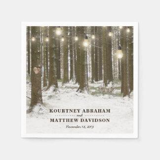 Rustikale Winter-Waldbaum-Schnur beleuchtet Papierserviette