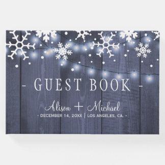 Rustikale Winterschneeflockeschnur beleuchtet Gästebuch