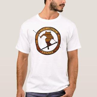 Rustikaler hölzerner Skifahrerentwurf Chamonix T-Shirt