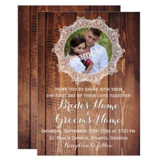 Rustikales Foto-Holz und Spitze-Hochzeit Karte
