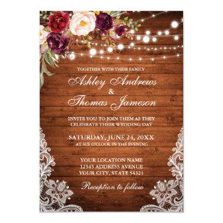 Rustikales Hochzeits-Holz beleuchtet die Blumen Karte