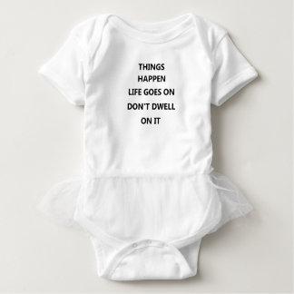 Sachen geschehen Leben geht kein bleiben nicht an Baby Strampler