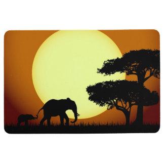 Safarielefanten am Sonnenuntergang Bodenmatte