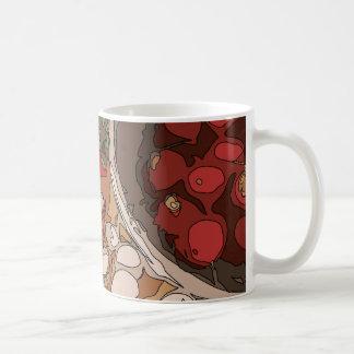 Saftige Rettiche und gegrillte Kartoffel Kaffee Tasse