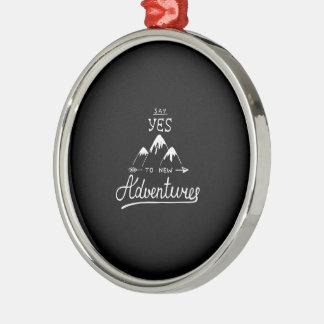 Sagen Sie ja zu den neuen Abenteuern Silbernes Ornament