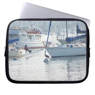 Sailbotas Pelikan-Vogel-Tier-Boots-Segeln-Meer Laptopschutzhülle