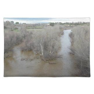 Saline-Fluss von der Weinberg-Brücke, Templeton, Stofftischset