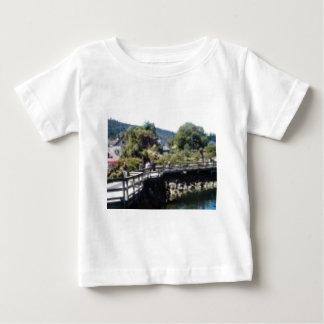 Salz-Frühlings-Insel Baby T-shirt