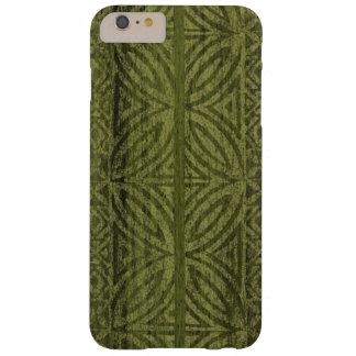 Samoaischer Tapa-hawaiisches Imitat-Holz-Surfbrett Barely There iPhone 6 Plus Hülle