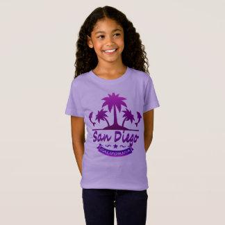 San Diego, CA-Delphine mit Palmen T-Shirt