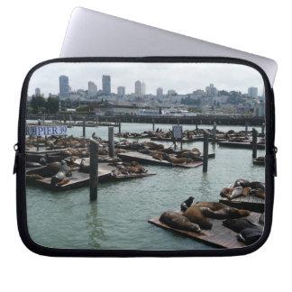 San Francisco und Seelöwe-Stadt-Skyline des Laptopschutzhülle