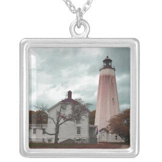 Sandy-Haken-Leuchtturm Versilberte Kette