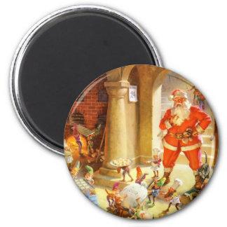 Sankt überwacht Elfe, Weihnachtsplätzchen zu backe Runder Magnet 5,7 Cm