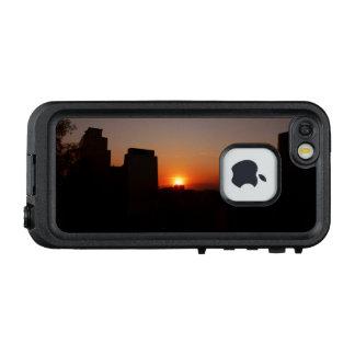Santiago am Sonnenuntergang LifeProof FRÄ' iPhone SE/5/5s Hülle