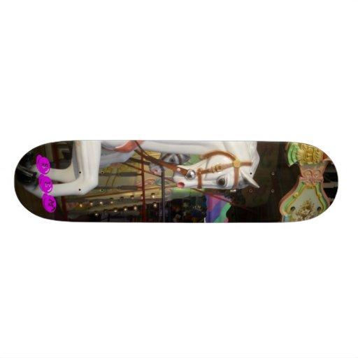 SarahthEMarvelous Skateboard - Karussell Skateboarddeck