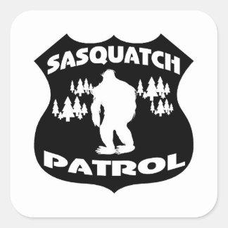 Sasquatch Patrouillen-WaldAbzeichen Quadratischer Aufkleber