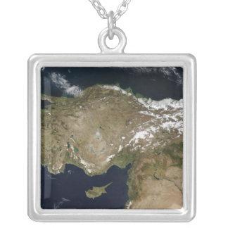 Satellitenansicht von der Türkei Versilberte Kette