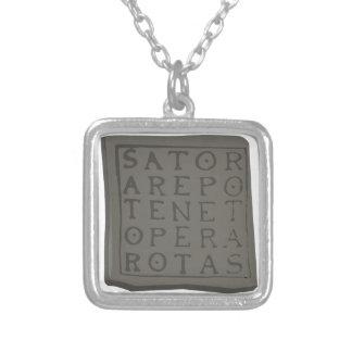 Sator Quadrat Halskette Mit Quadratischem Anhänger