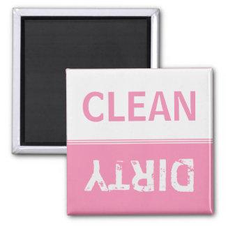 Säubern Sie schmutzige süße rosa Spülmaschine Quadratischer Magnet