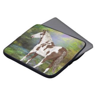Sauerampfer Tovero Farben-Pferdedruck Laptop Sleeve