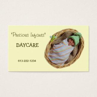 Säuglings-Tagessorgfalt: Lehm-Baby im Korb Visitenkarte