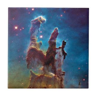 Säulen Adler-Nebelfleck-Raum-des Fotos der Fliese