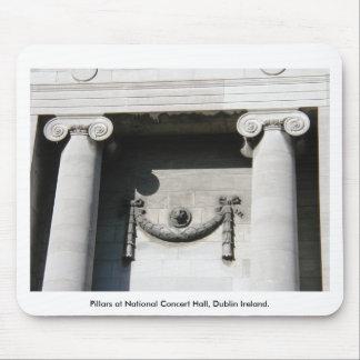 Säulen an nationalem Konzertsaal, Dublin Irland Mousepads