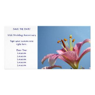 SAVE THE DATE Karten-rosa Lilien-Blumen-blauer Him Individuelle Photo Karte