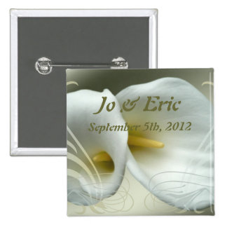Save the Date Knopf mit Entwurf der weißen Lilie Anstecknadel