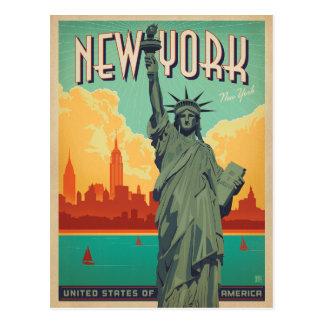 Save the Date | NYC - Dame Liberty 2 Postkarte