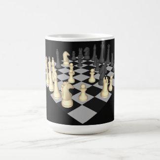 Schachbrett mit Schach-Stücken - kundenspezifische Kaffeetasse