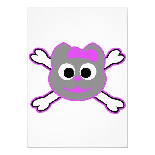 Schädel-Miezekatze-purpurrotes Grau Einladungskarten