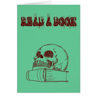 Schädel und ein Buch Karte