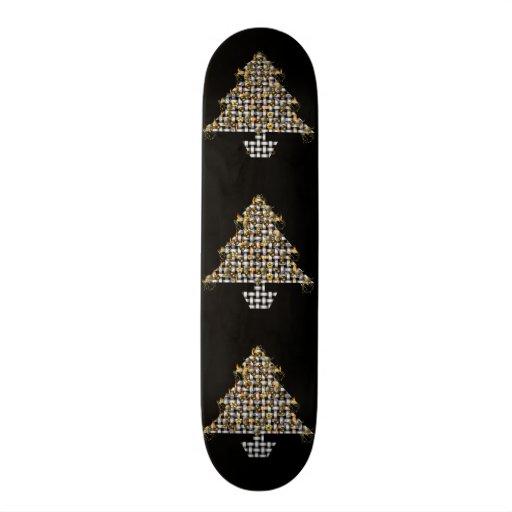 Schädel und Metallbaum Bedrucktes Skateboard