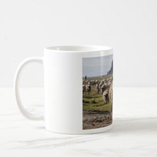 Schafe am Mont-Saint-Michel Kaffeetasse