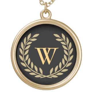 Schaffen Sie Ihr dekoratives Monogramm Halskette Mit Rundem Anhänger