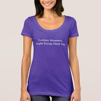 Schaffen Sie Ihr eigenes hübsches Lila T-Shirt