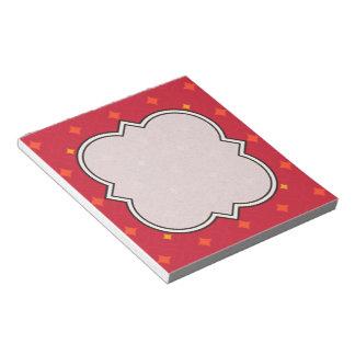Schaffen Sie Ihren eigenen Weihnachtsgemusterten Notizblock