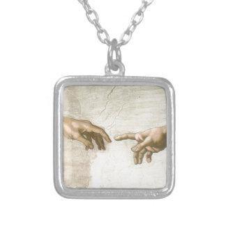 Schaffung von Adam-Händen - Michelangelo Versilberte Kette