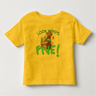 Schauen Sie, wer fünf Jahre alt ist! Kleinkinder T-shirt