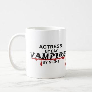 Schauspielerin-Vampir bis zum Nacht Kaffeetasse