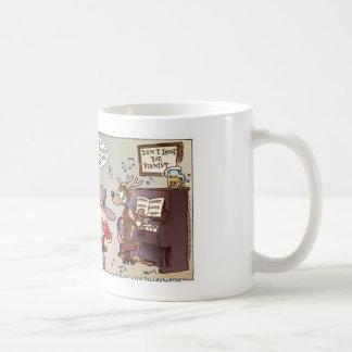 Schießen Sie nicht den Pianisten Kaffee Tassen