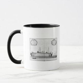 Schiff, das auf seinem Rumpf liegt Tasse