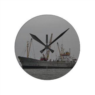 Schiff Rafael Runde Wanduhr