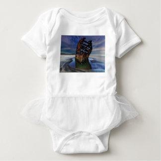 Schiffbruch Peter Iredale unter sternenklarem Baby Strampler