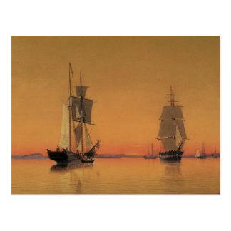 Schiffe in Boston-Hafen an der Dämmerung Postkarte